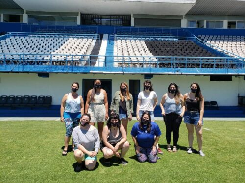Integrantes de la comisión de género del Club Almagro